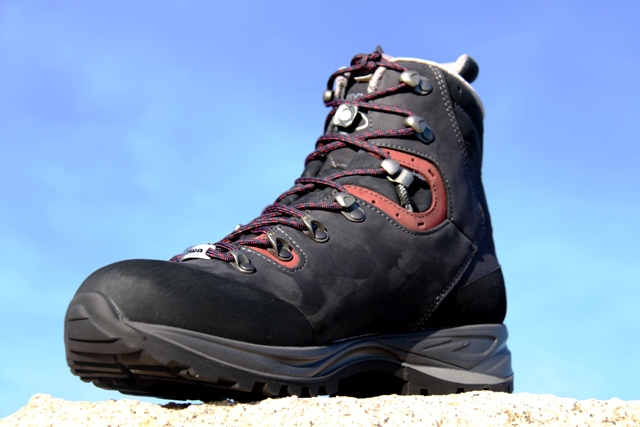 LOWA Albula GTX, Womens. Click to enlarge.