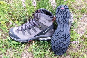 Salomon Contragrip outsoles offer solid traction.