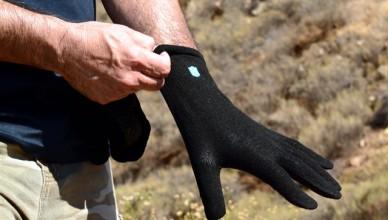 FreshAirJunkie.com Tests Hanz Gloves