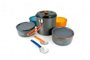 GSI Pinnacle Dualist cook set. Click to enlarge.