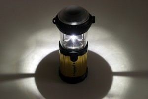 In its lantern model the Eureka Magic 185 gives excellen 360 degree light for a table top or inside your tent.
