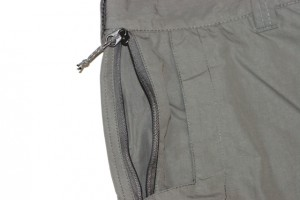 The two security pockets with zippers feature a pull tab that makes it easy to open and close.