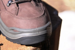 Rubber toe, mid-foot, and heel bumpers protect the feet fron hard contact with trail obstacles.